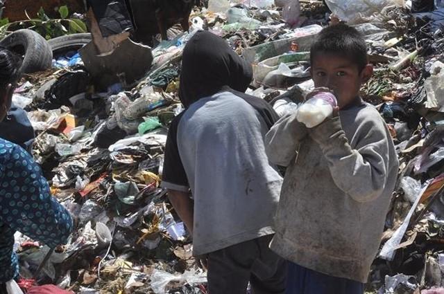 Pobreza crece en Gautemala.jpg